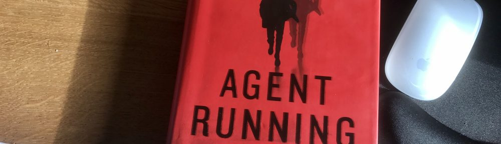 Le Carré Agent running cover